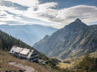 Prielschutzhaus, Totes Gebirge, Austria